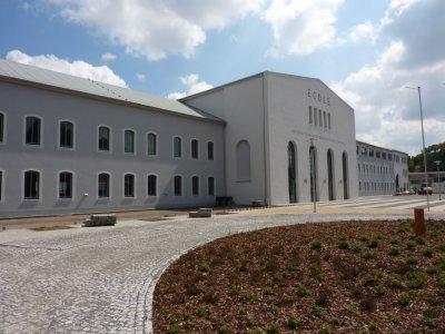 Neubau und Sanierung Intern. Gymnasium Pierre Trudeau